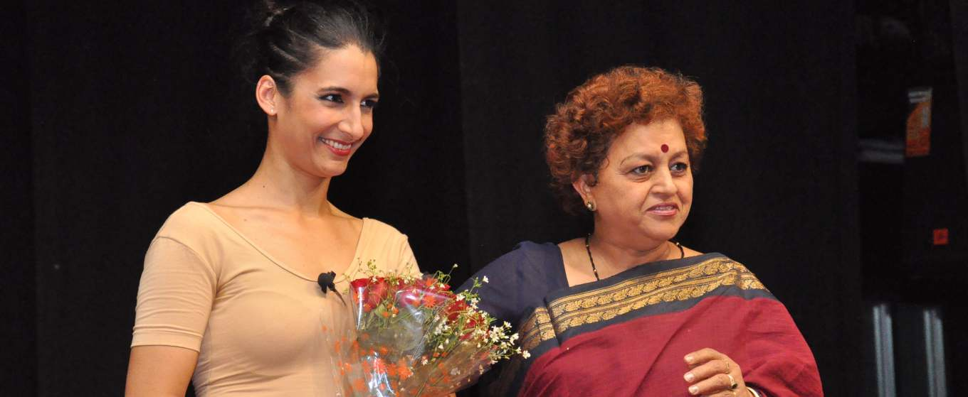 Dr. Asha Pande Giving Awards